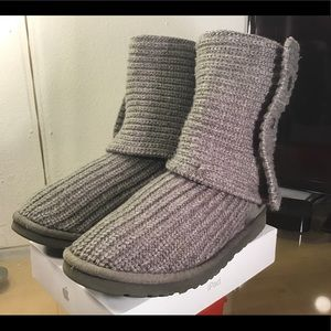 5819 Classic Cardy II Knit Boot UGG®. Pre-Owned.